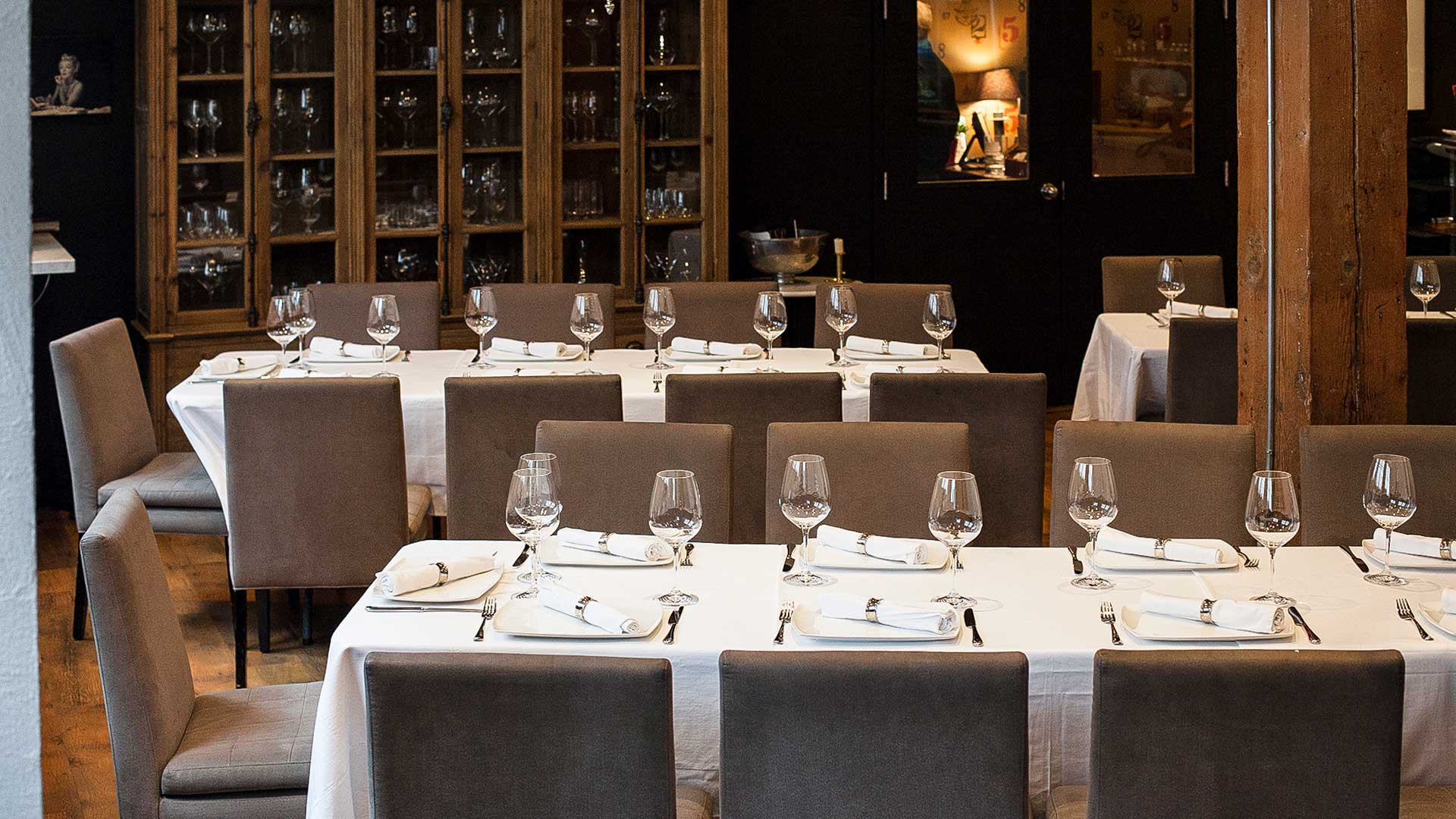 Toronto-Event-Venue-Private-Dining-Room